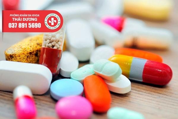 Nam giới cần sử dụng thuốc theo đúng chỉ dẫn của bác sĩ